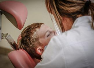 Dlaczego warto wybrać się do dobrego stomatologa?