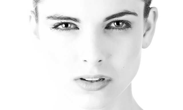 Dermokosmetyki, czyli jak profesjonalnie pielęgnować twarz
